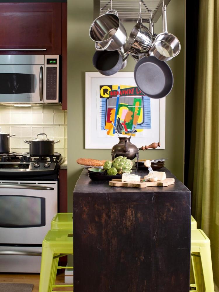 Кухня/столовая в  цветах:   Желтый, Серый, Темно-зеленый, Черный.  Кухня/столовая в  стиле:   Минимализм.