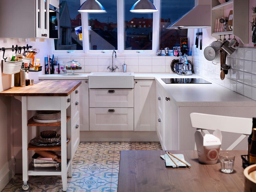 Кухня/столовая в  цветах:   Бежевый, Голубой, Светло-серый, Серый.  Кухня/столовая в  стиле:   Скандинавский.