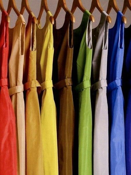 в  цветах:   Коричневый, Светло-серый, Серый, Черный.  в  .