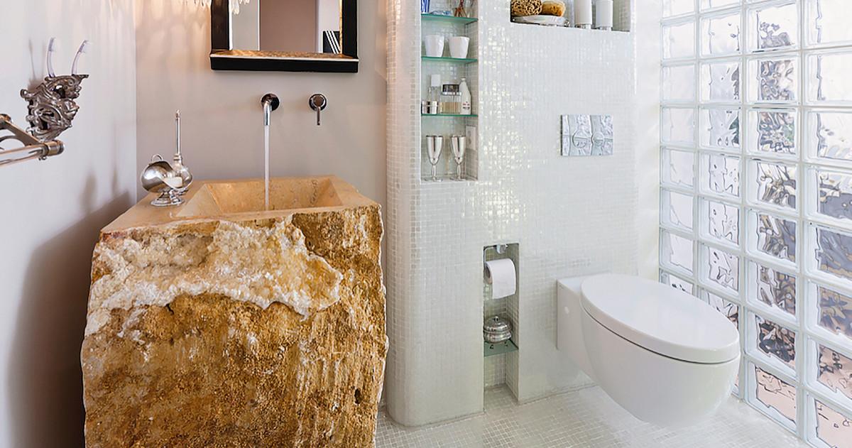 Что делать с маленькой ванной: 5 советов по декору и не только