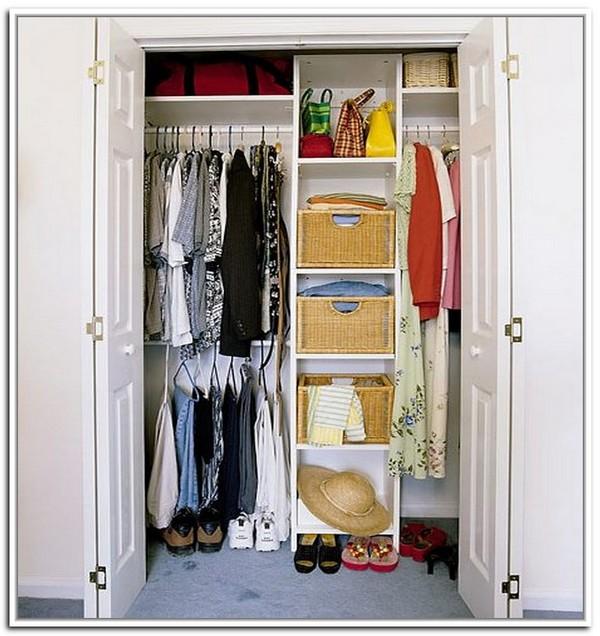 Как правильно устроить хранение вещей в шкафу: 5