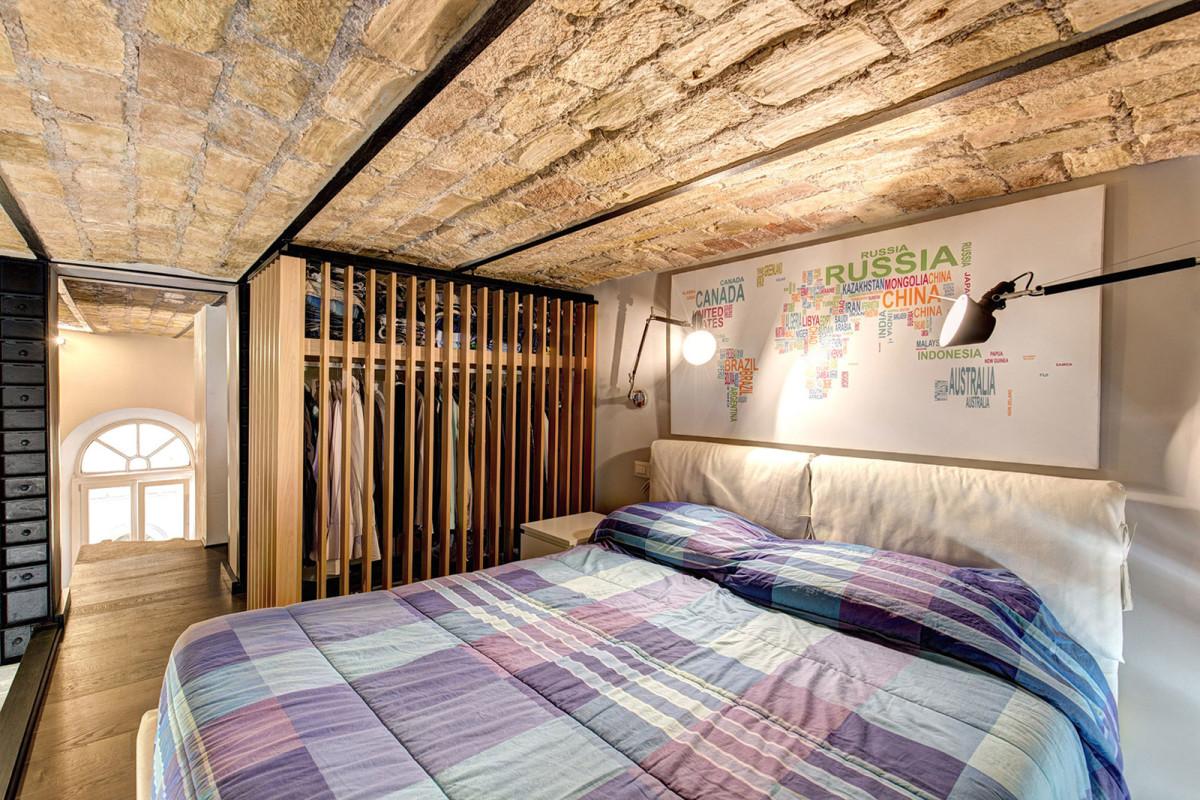 Спальня в  цветах:   Бежевый, Желтый, Светло-серый, Серый.  Спальня в  стиле:   Минимализм.