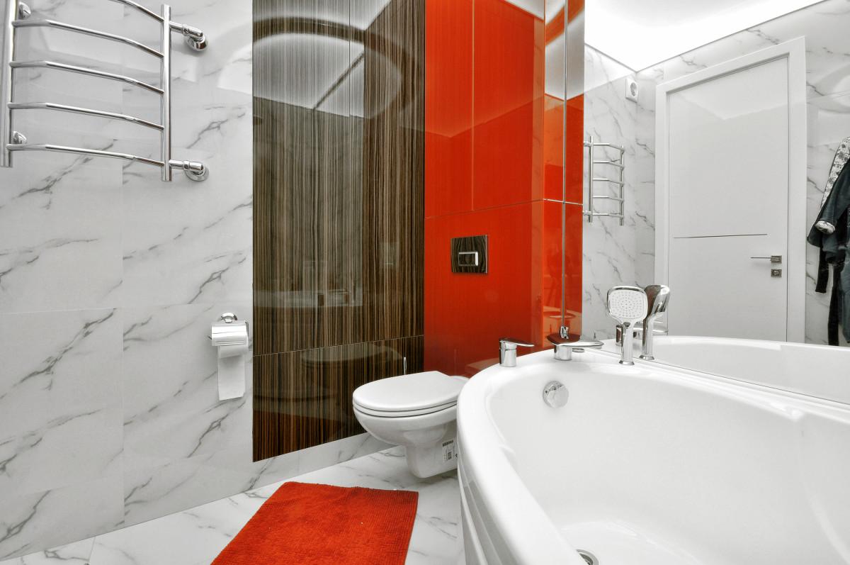 Ванная в  цветах:   Белый, Бордовый, Светло-серый, Серый.  Ванная в  стиле:   Минимализм.