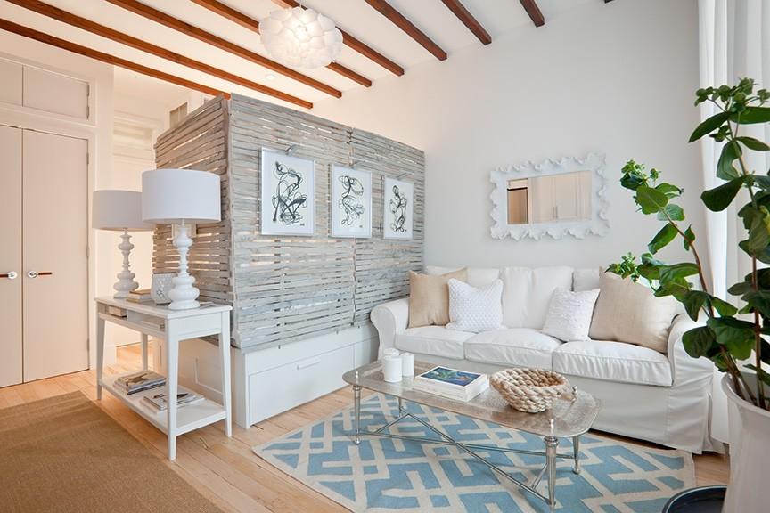 Спальня в  цветах:   Белый, Желтый, Светло-серый, Серый.  Спальня в  стиле:   скандинавский.