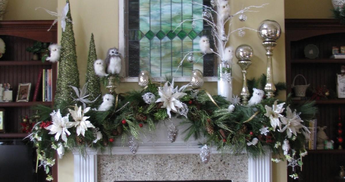 Как украсить камин к Новому году