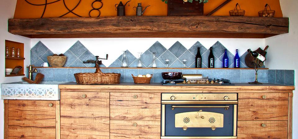 20 самых красивых кухонь из натурального дерева