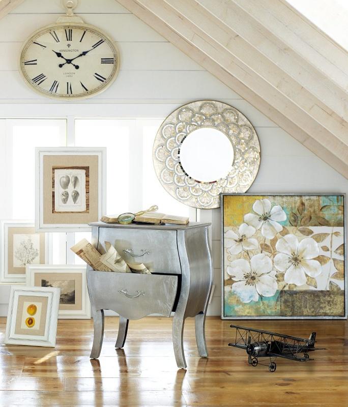 Мебель и предметы интерьера в цветах: серый, светло-серый, белый, бежевый. Мебель и предметы интерьера в стиле арт-деко.