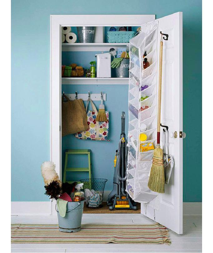Мебель и предметы интерьера в цветах: бирюзовый, серый, светло-серый, сине-зеленый. Мебель и предметы интерьера в .