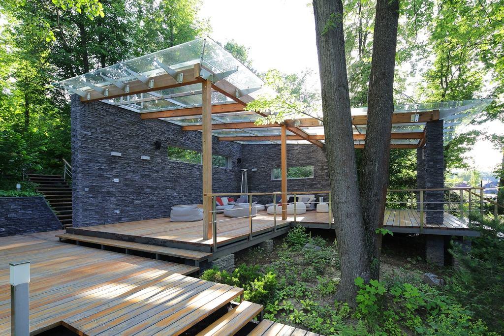 Архитектура в цветах: серый, светло-серый, белый, темно-зеленый, темно-коричневый. Архитектура в стилях: минимализм, кантри, экологический стиль, эклектика.