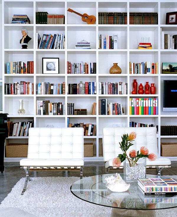 Мебель и предметы интерьера в цветах: голубой, черный, серый, белый. Мебель и предметы интерьера в стиле эклектика.