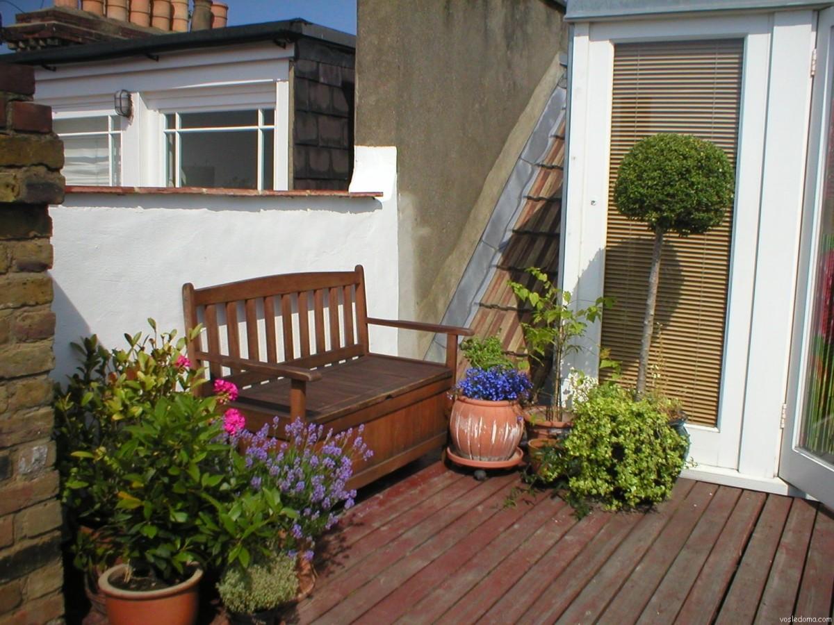 Балкон, веранда, патио в цветах: серый, белый, темно-зеленый, коричневый. Балкон, веранда, патио в стиле экологический стиль.