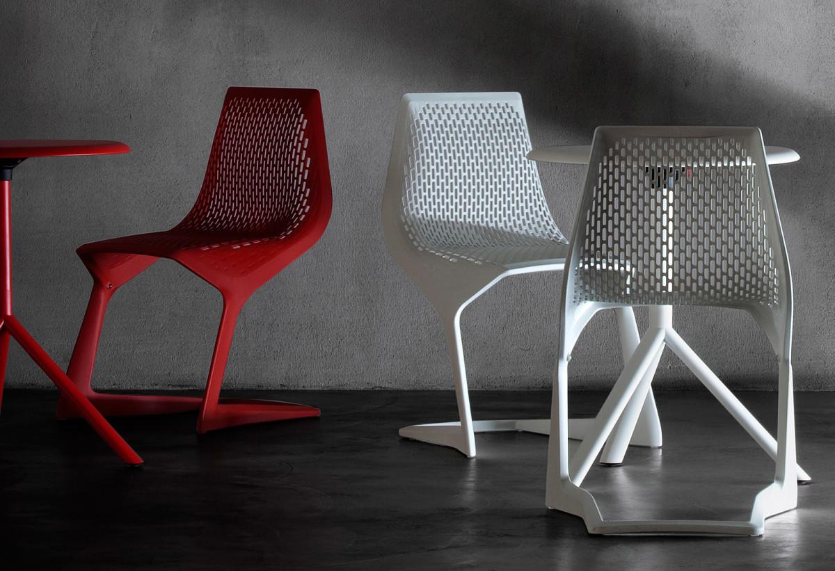 Мебель и предметы интерьера в цветах: белый, бордовый. Мебель и предметы интерьера в стиле хай-тек.