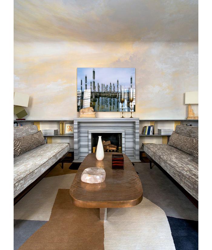 Гостиная, холл в цветах: черный, серый, светло-серый, коричневый, бежевый. Гостиная, холл в стилях: классика, французские стили.