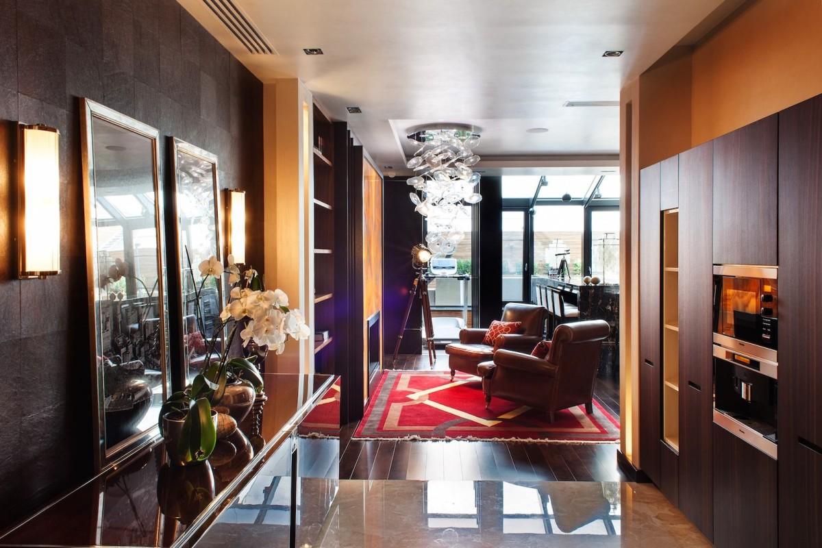 Гостиная, холл в цветах: красный, темно-коричневый, коричневый, бежевый. Гостиная, холл в стиле арт-деко.