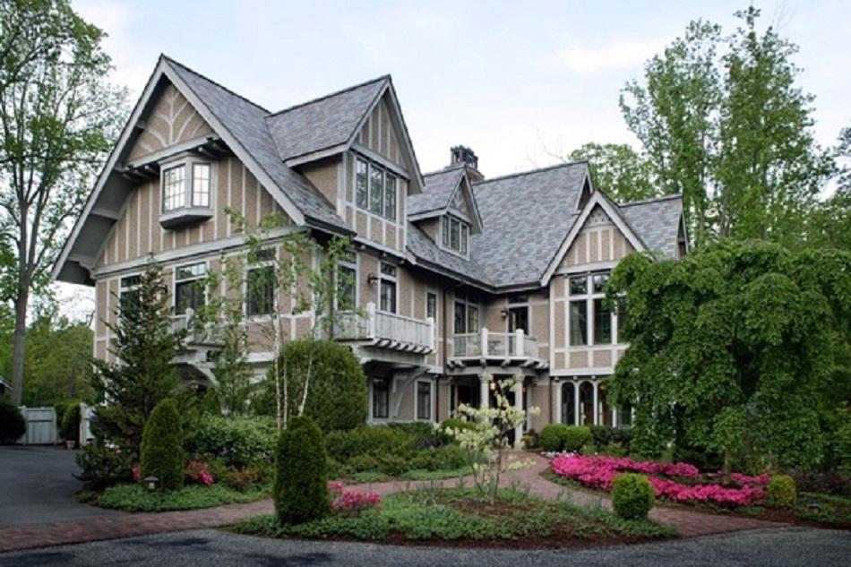 Архитектура в цветах: серый, светло-серый, белый, розовый, темно-зеленый. Архитектура в стиле английские стили.