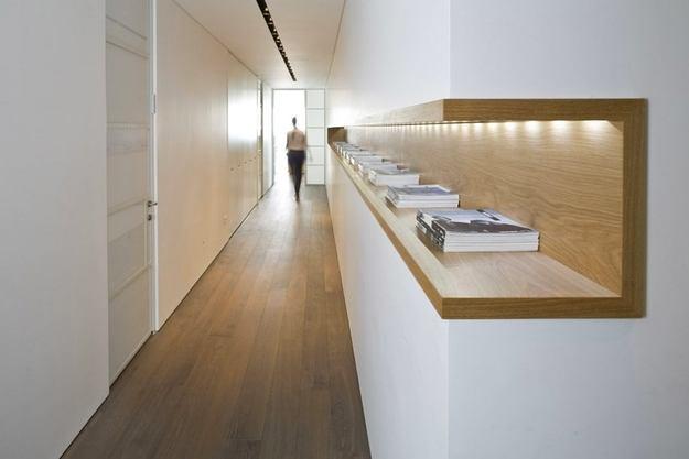 Гостиная, холл в цветах: серый, белый, коричневый, бежевый. Гостиная, холл в стиле эклектика.