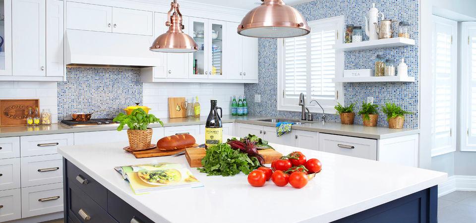 25 белых кухонь: советы по обустройству от дизайнера
