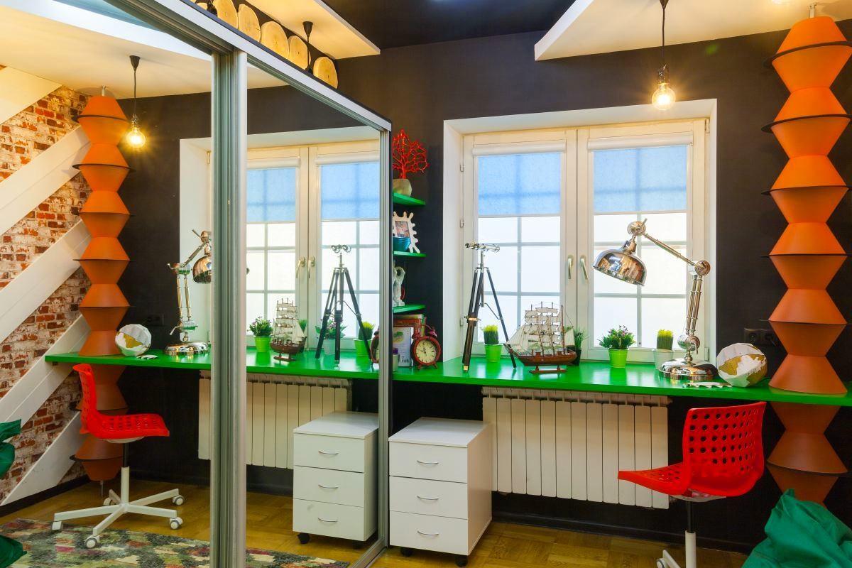 Спальня в цветах: черный, серый, светло-серый, темно-зеленый. Спальня в стиле поп-арт.
