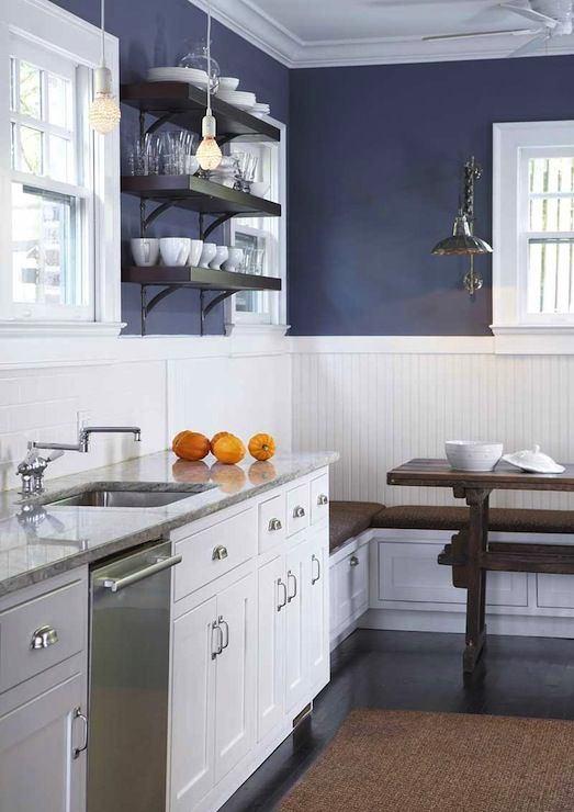 Кухня в цветах: фиолетовый, черный, серый, светло-серый. Кухня в .