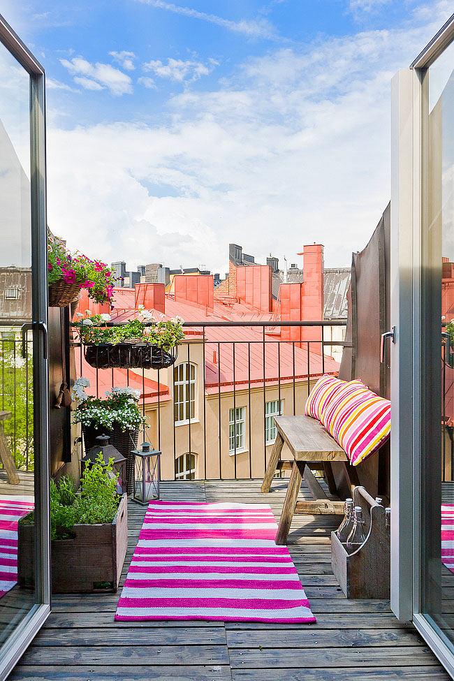 Балкон, веранда, патио в цветах: желтый, серый, белый. Балкон, веранда, патио в стиле скандинавский стиль.