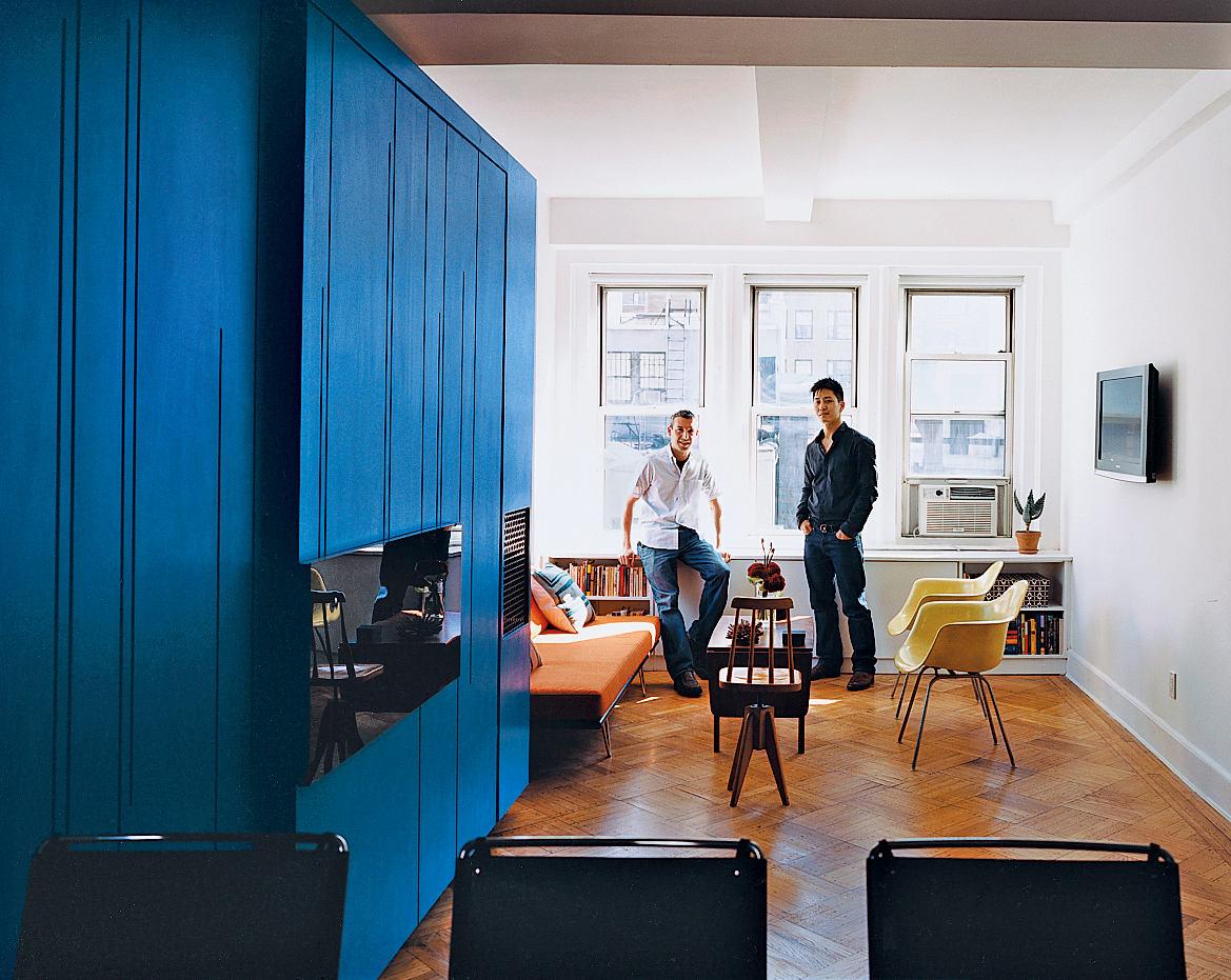 Гостиная, холл в цветах: голубой, бирюзовый, черный, светло-серый, белый. Гостиная, холл в стиле американский стиль.