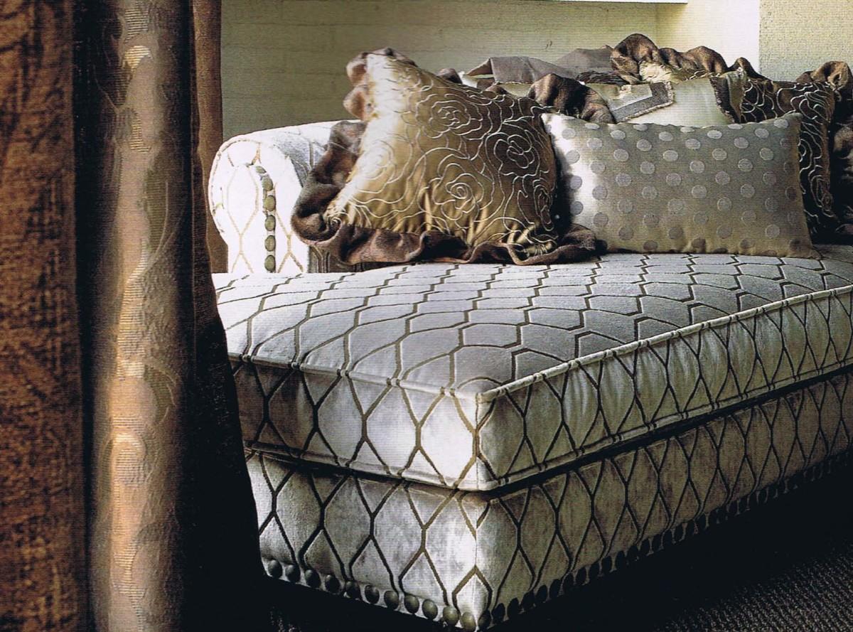 Мебель и предметы интерьера в цветах: черный, серый, светло-серый, белый. Мебель и предметы интерьера в стилях: американский стиль.
