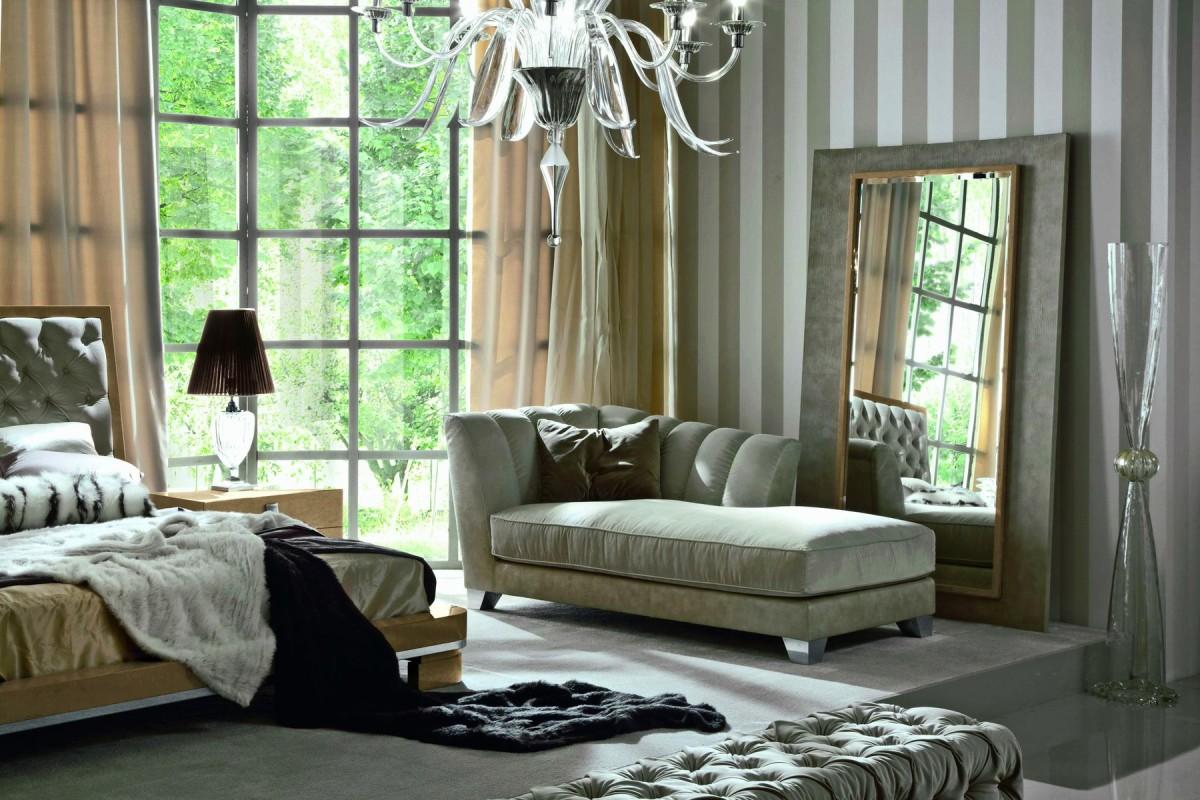 Гостиная, холл в цветах: черный, серый, светло-серый, белый, салатовый. Гостиная, холл в стиле неоклассика.