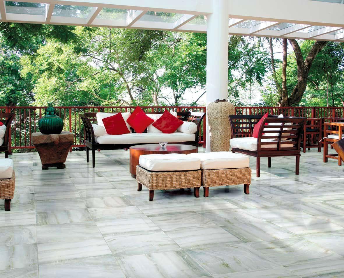 Балкон, веранда, патио в цветах: серый, светло-серый, белый, темно-зеленый, салатовый. Балкон, веранда, патио в стиле экологический стиль.