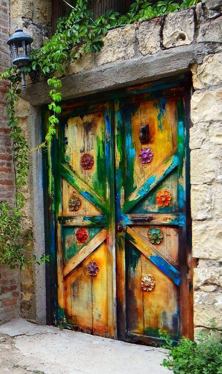 Архитектура в цветах: бирюзовый, светло-серый, лимонный, темно-зеленый, сине-зеленый. Архитектура в .