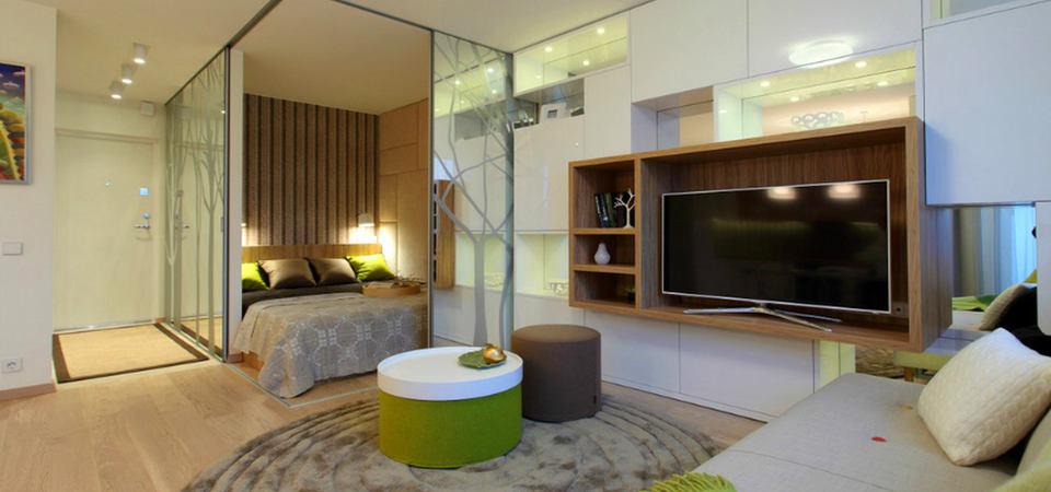 Как зонировать маленькую квартиру с помощью зеркал: отличный пример