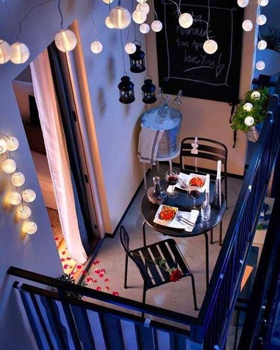 Балкон, веранда, патио в цветах: фиолетовый, черный, серый, коричневый. Балкон, веранда, патио в стиле скандинавский стиль.