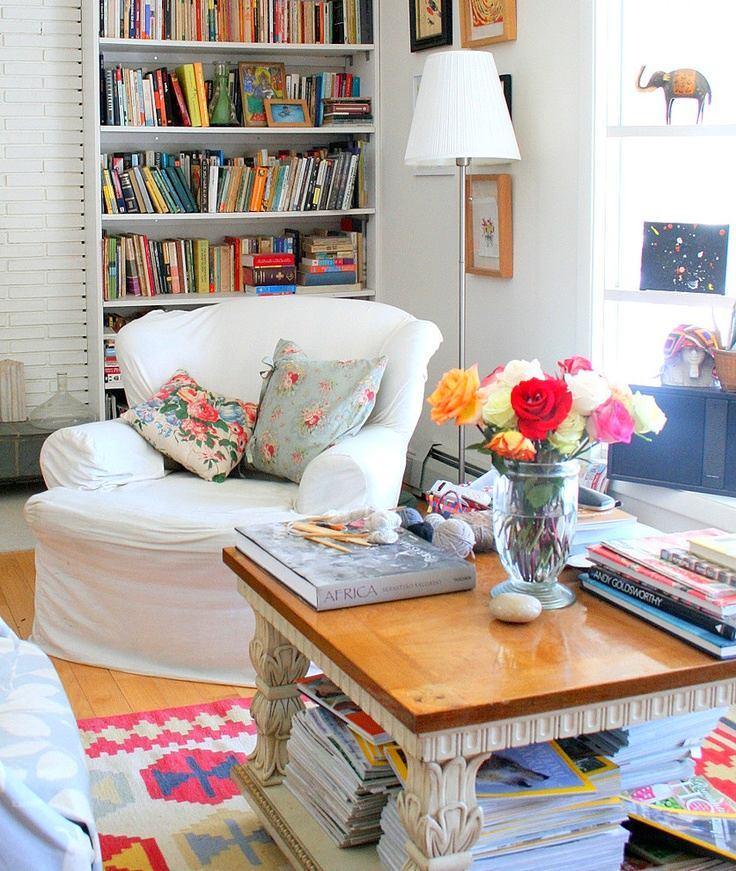 Гостиная, холл в цветах: серый, белый, бежевый. Гостиная, холл в стилях: французские стили.