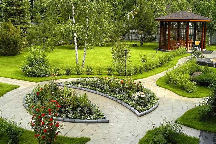 Ландшафт в цветах: зеленый, светло-серый, темно-зеленый, салатовый, бежевый. Ландшафт в стиле экологический стиль.