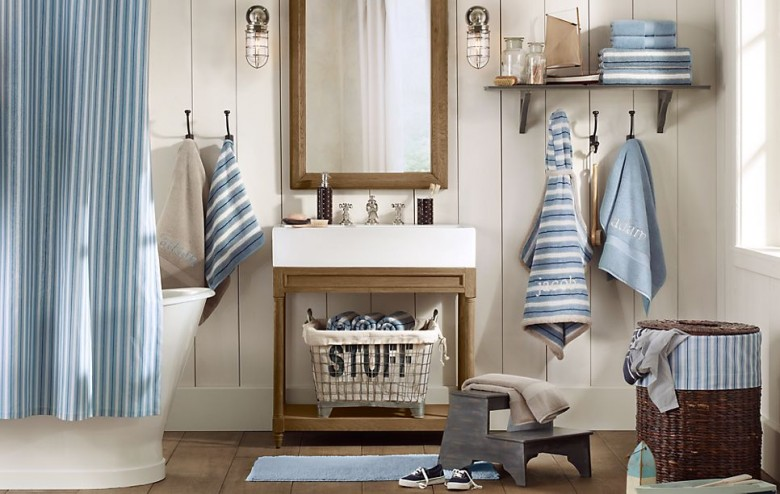Туалет в цветах: голубой, белый, коричневый, бежевый. Туалет в стилях: американский стиль.