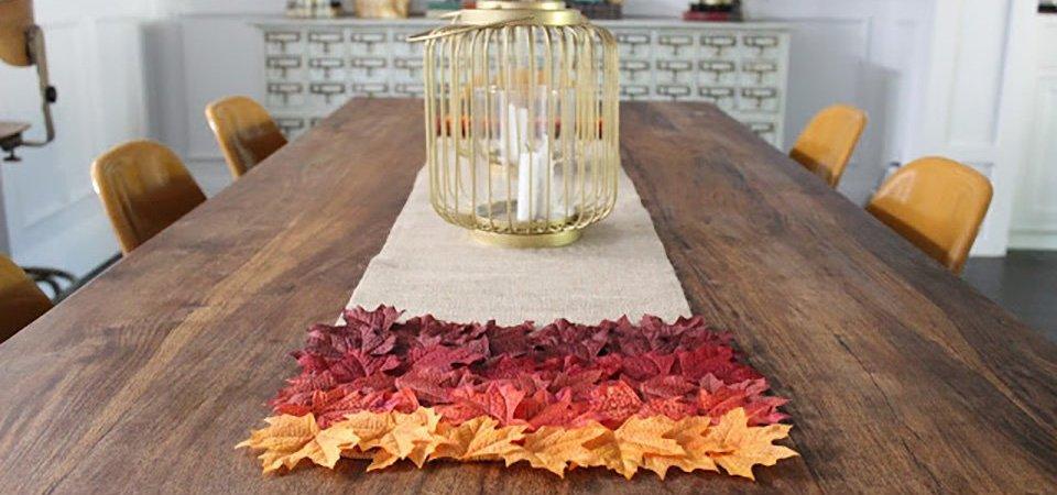 Сезонный декор: скатерть-дорожка из мешковины и осенних листьев. Мастер-класс