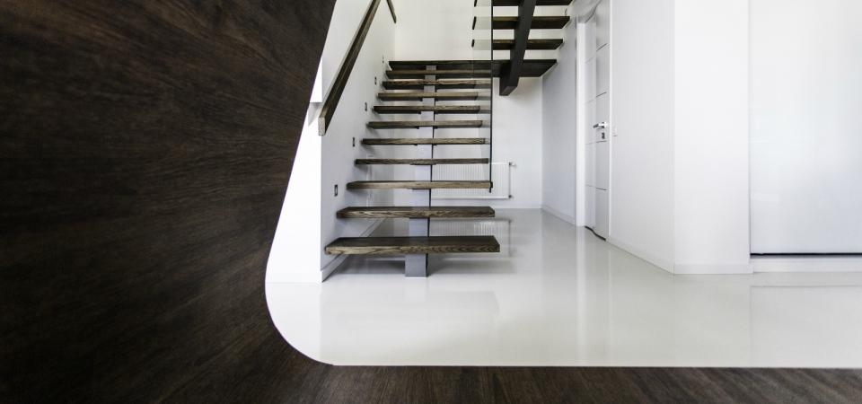 Акцент на белом: переделка дома площадью 250 квадратных метров