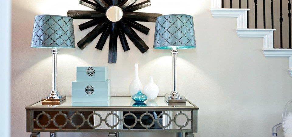 Зеркальная мебель: 30 интерьеров и 4 дельных совета