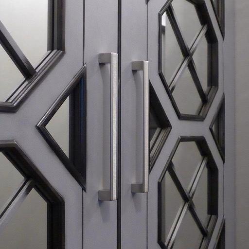 Декор в цветах: черный, серый. Декор в стилях: кантри.