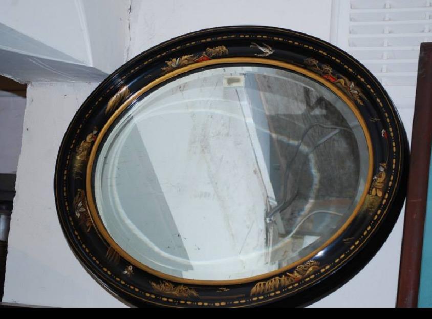 Мебель и предметы интерьера в цветах: черный, серый, темно-коричневый, коричневый. Мебель и предметы интерьера в стилях: этника.
