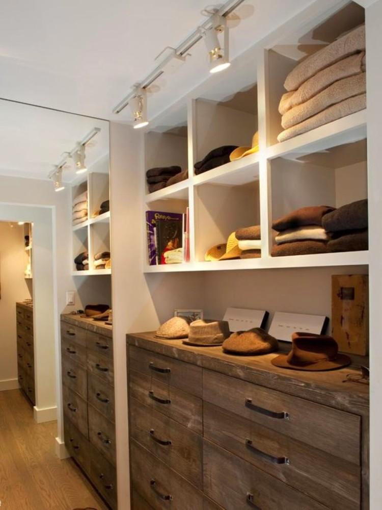 Мебель и предметы интерьера в цветах: желтый, серый, темно-коричневый, коричневый, бежевый. Мебель и предметы интерьера в .