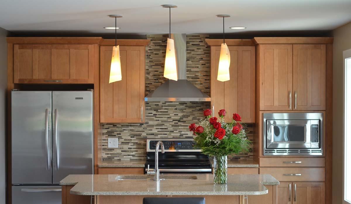 Кухня в цветах: серый, темно-коричневый, коричневый, бежевый. Кухня в .
