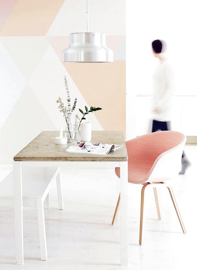 Мебель и предметы интерьера в цветах: красный, желтый, серый, светло-серый, бежевый. Мебель и предметы интерьера в стилях: скандинавский стиль.
