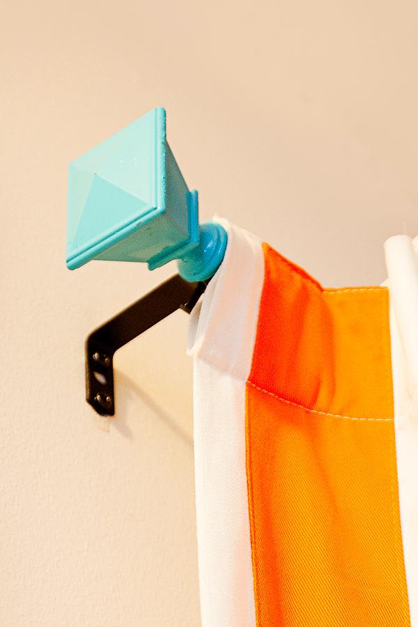 Мебель и предметы интерьера в цветах: оранжевый, белый. Мебель и предметы интерьера в .