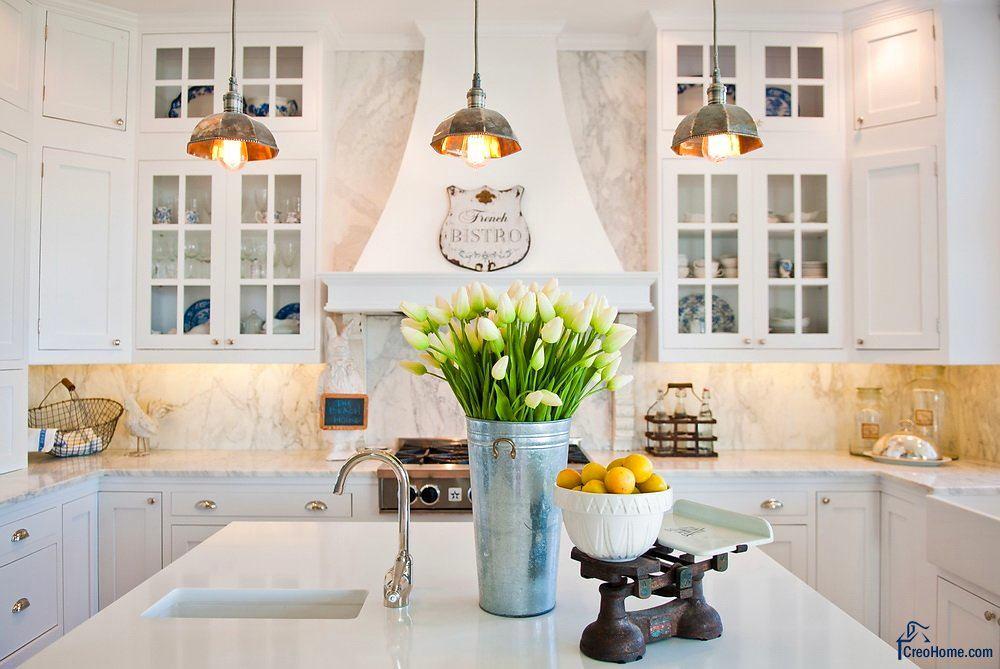 Кухня в цветах: желтый, серый, светло-серый, белый, бежевый. Кухня в стилях: французские стили, скандинавский стиль.