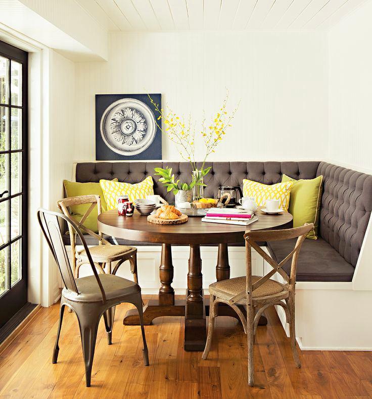Кухня в цветах: серый, светло-серый, белый, бежевый. Кухня в стиле эклектика.