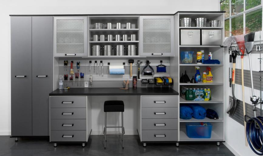 Подсобное помещение в цветах: бирюзовый, черный, серый, светло-серый. Подсобное помещение в .