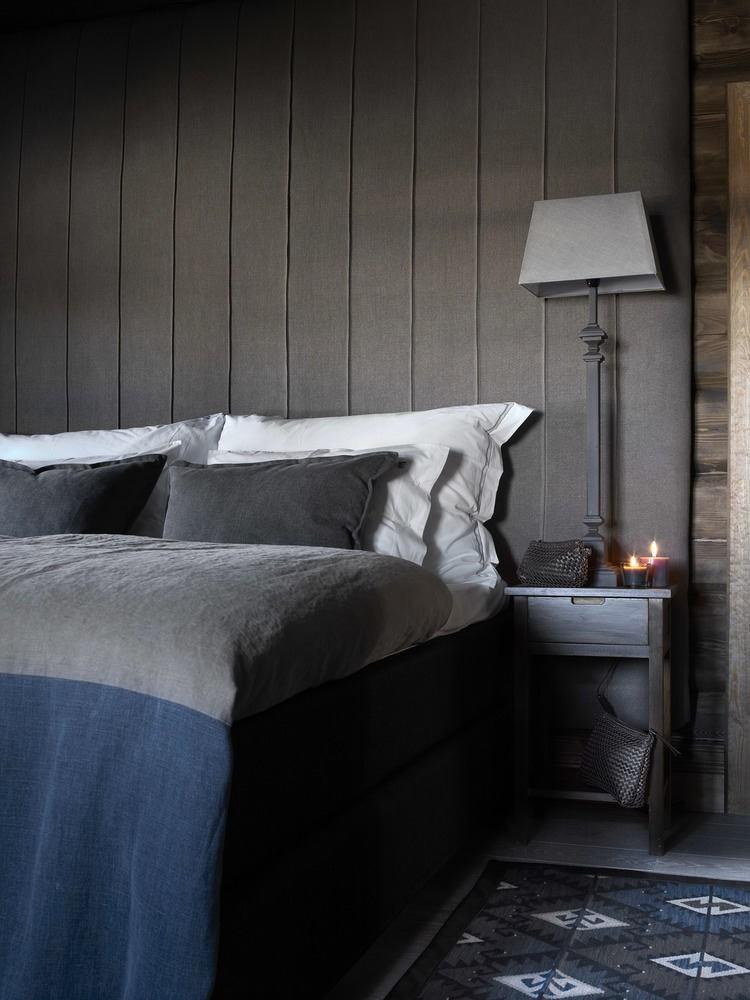 Спальня в цветах: бирюзовый, черный, серый, светло-серый, белый. Спальня в стиле скандинавский стиль.