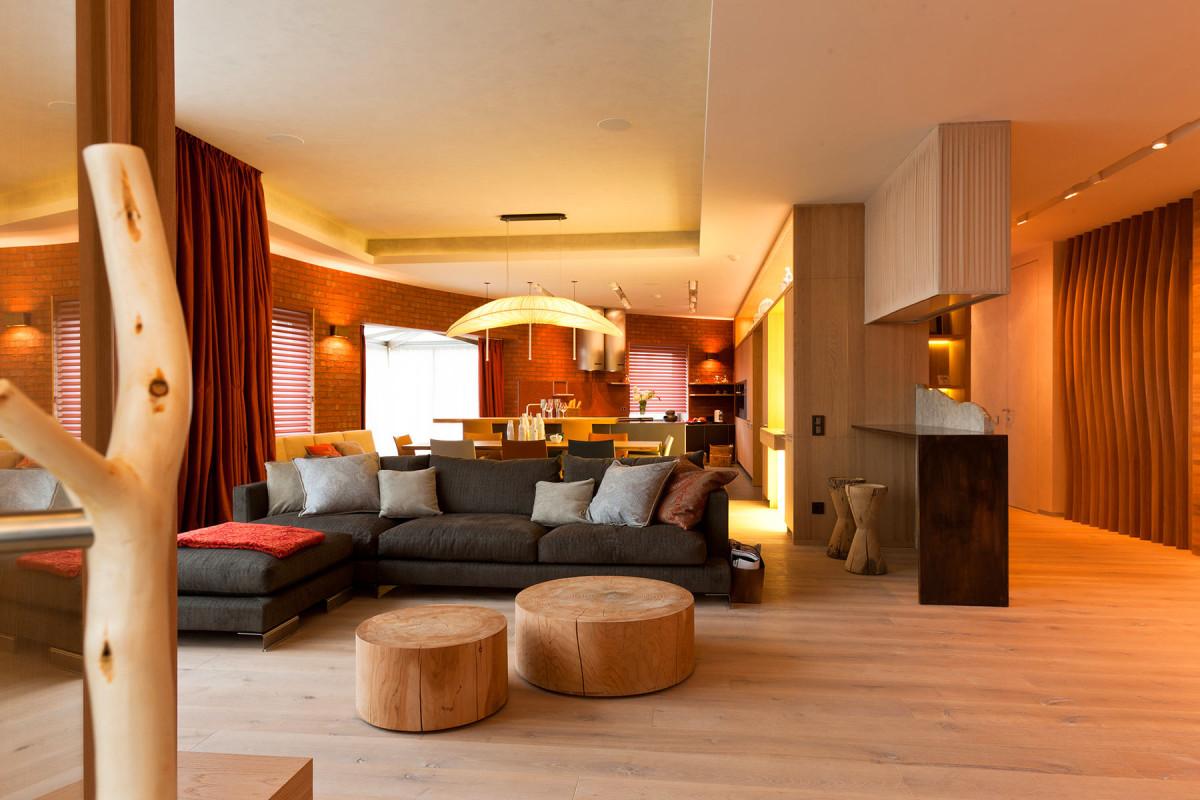 Гостиная, холл в цветах: оранжевый, желтый, бежевый. Гостиная, холл в .