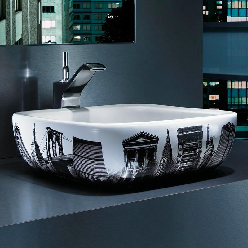 Ванная в цветах: черный, серый, светло-серый, белый, сине-зеленый. Ванная в стилях: минимализм, экологический стиль.