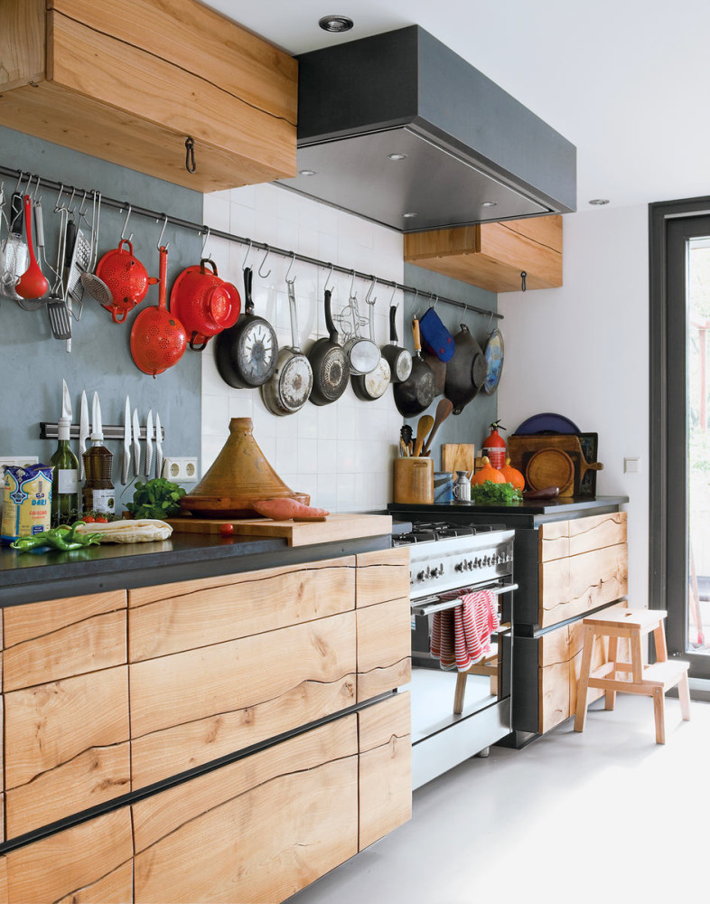 Кухня в цветах: желтый, серый, светло-серый, белый, бежевый. Кухня в стиле экологический стиль.